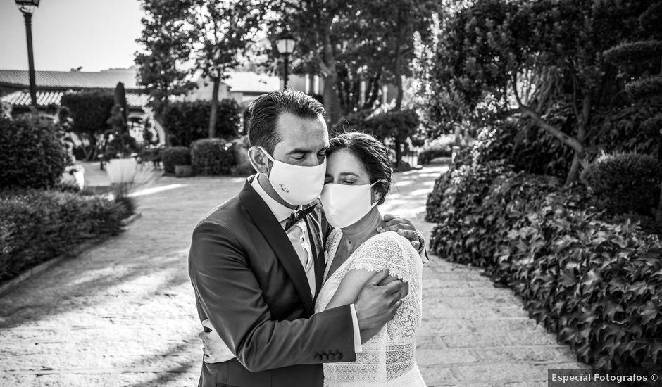 La boda de Daniel y Cristina en Miraflores De La Sierra, Madrid