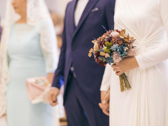 La boda de Juanma y Melania en Lepe, Huelva 33