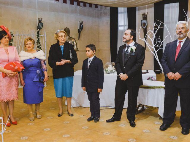 La boda de Juan Guillermo y Beatriz en Talamanca Del Jarama, Madrid 23