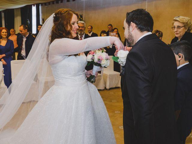 La boda de Juan Guillermo y Beatriz en Talamanca Del Jarama, Madrid 27
