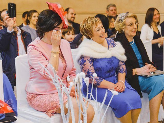 La boda de Juan Guillermo y Beatriz en Talamanca Del Jarama, Madrid 30