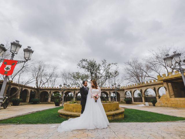 La boda de Juan Guillermo y Beatriz en Talamanca Del Jarama, Madrid 40