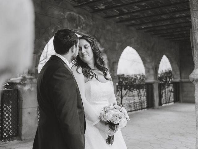 La boda de Juan Guillermo y Beatriz en Talamanca Del Jarama, Madrid 42