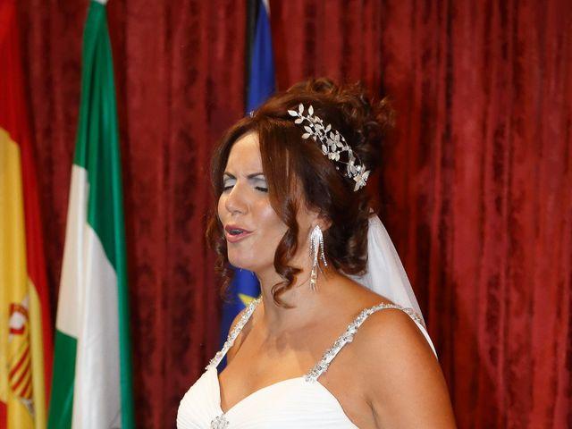 La boda de Israel y Aurora en Viator, Almería 8