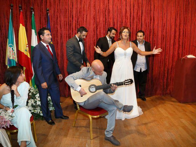La boda de Israel y Aurora en Viator, Almería 9