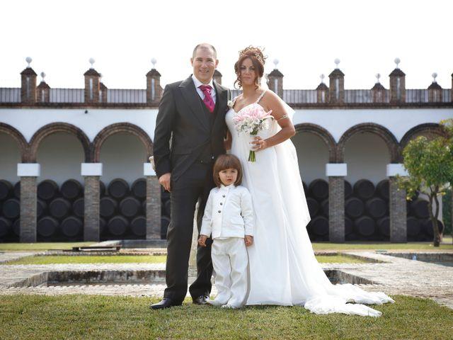 La boda de Israel y Aurora en Viator, Almería 13