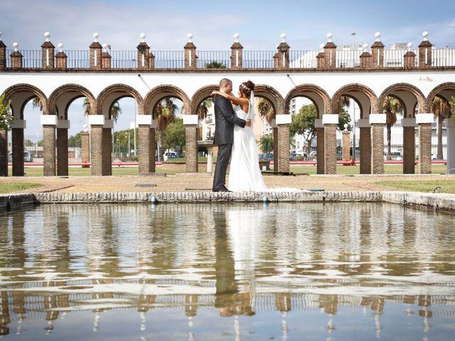 La boda de Israel y Aurora en Viator, Almería 14