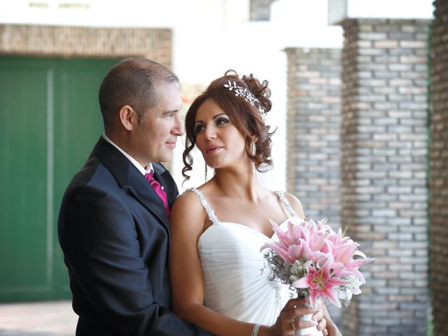 La boda de Israel y Aurora en Viator, Almería 1