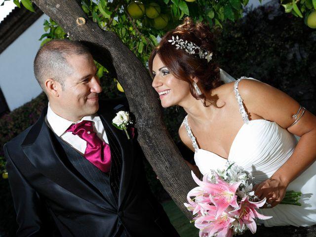 La boda de Israel y Aurora en Viator, Almería 17