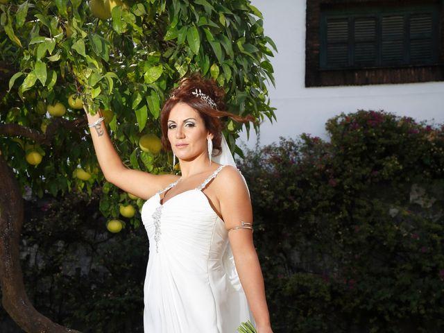 La boda de Israel y Aurora en Viator, Almería 18