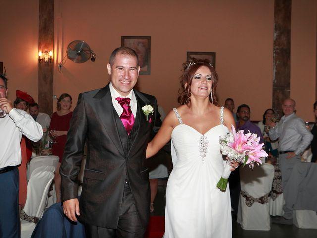 La boda de Israel y Aurora en Viator, Almería 32