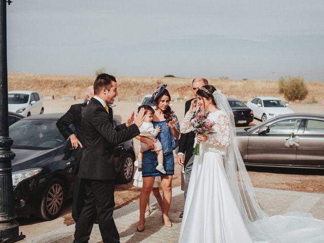 La boda de Felix y Elena en Medellin, Badajoz 20