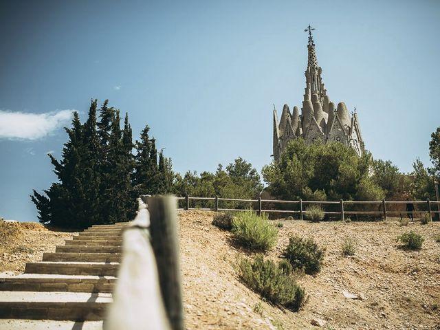 La boda de Neil y Patry en La Pineda, Tarragona 24