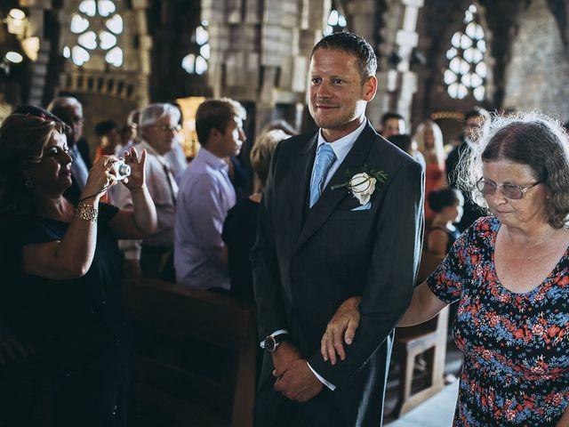La boda de Neil y Patry en La Pineda, Tarragona 27