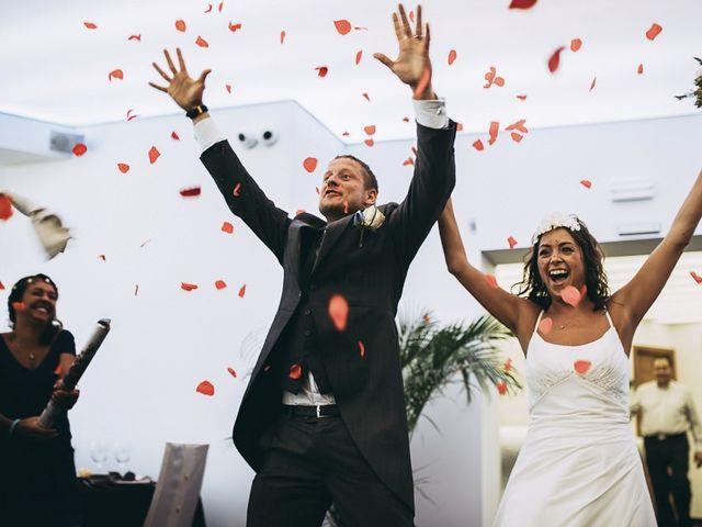 La boda de Neil y Patry en La Pineda, Tarragona 42