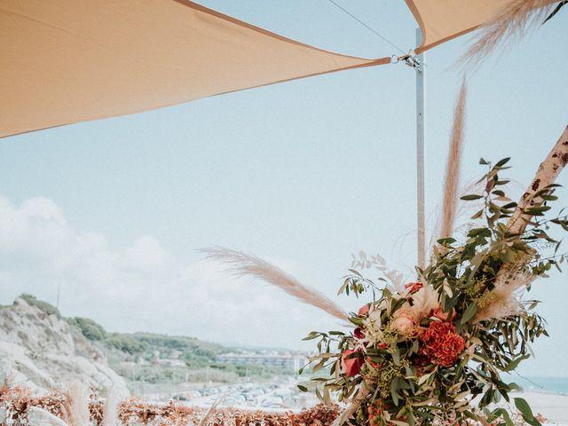 La boda de Valerie y Guillaume en Arenys De Mar, Barcelona 22