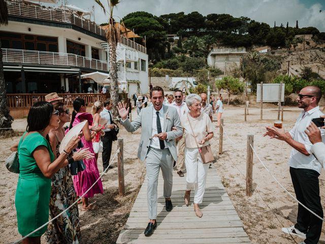 La boda de Valerie y Guillaume en Arenys De Mar, Barcelona 29