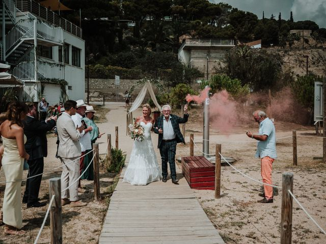 La boda de Valerie y Guillaume en Arenys De Mar, Barcelona 33