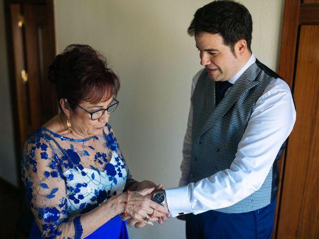 La boda de Ángel y Ana en Rascafria, Madrid 11