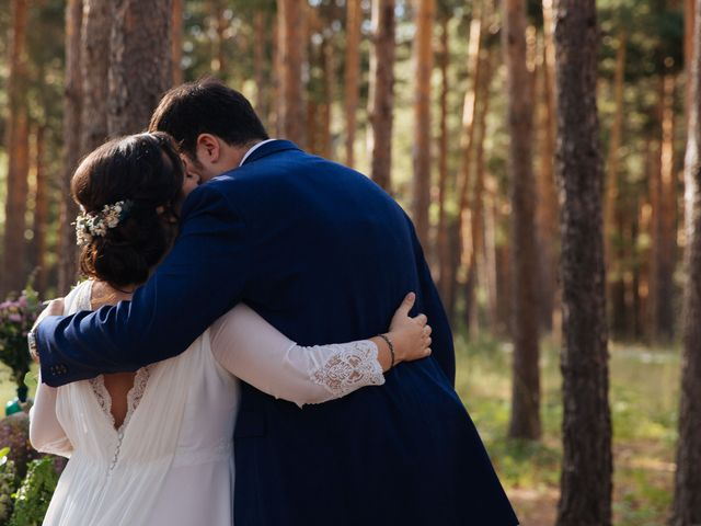 La boda de Ángel y Ana en Rascafria, Madrid 36