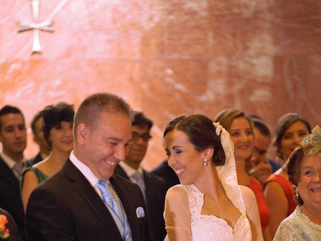 La boda de Miguel Ángel y Regina en Sevilla, Sevilla 20