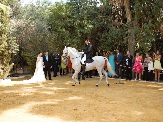 La boda de Miguel Ángel y Regina en Sevilla, Sevilla 38