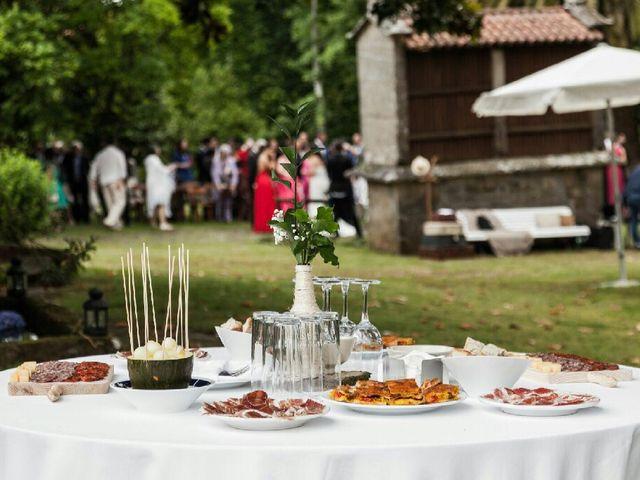 La boda de Carlos y Tania en Teo, A Coruña 12