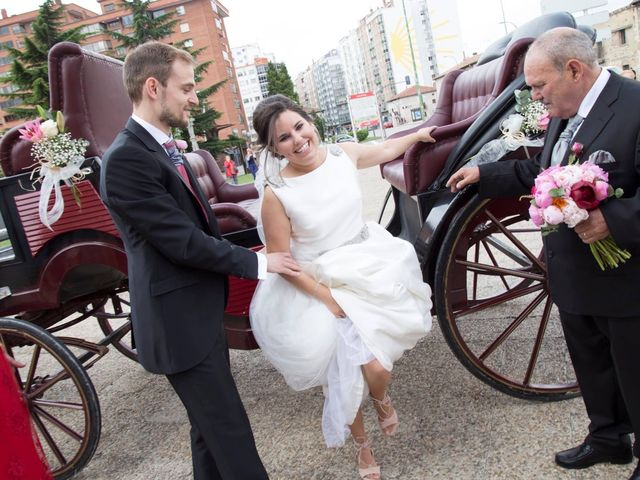 La boda de Victor y Cristina en Burgos, Burgos 12