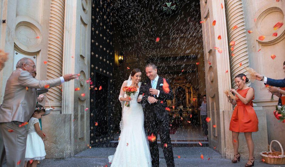 La boda de Miguel Ángel y Regina en Sevilla, Sevilla