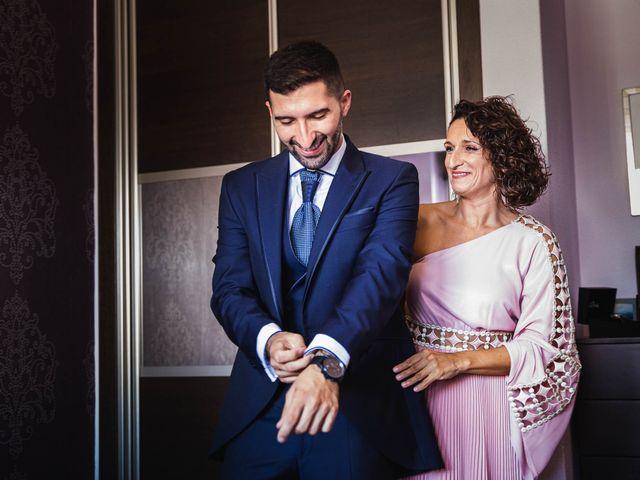 La boda de Pedro y Marta en Oleiros, A Coruña 15