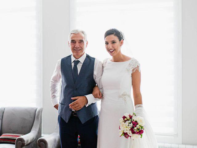 La boda de Pedro y Marta en Oleiros, A Coruña 25