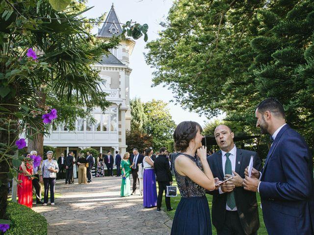 La boda de Pedro y Marta en Oleiros, A Coruña 29