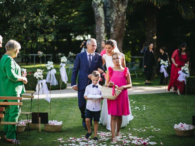 La boda de Pedro y Marta en Oleiros, A Coruña 37