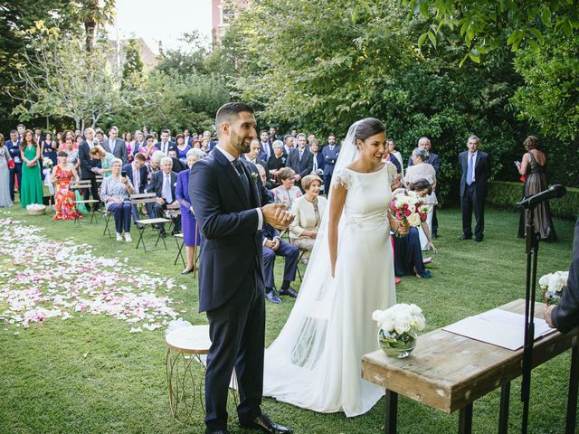 La boda de Pedro y Marta en Oleiros, A Coruña 41