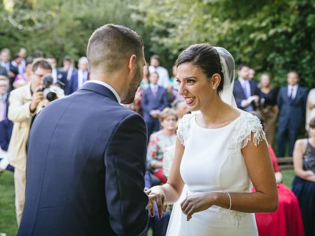 La boda de Pedro y Marta en Oleiros, A Coruña 48