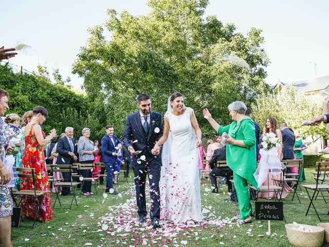 La boda de Pedro y Marta en Oleiros, A Coruña 57