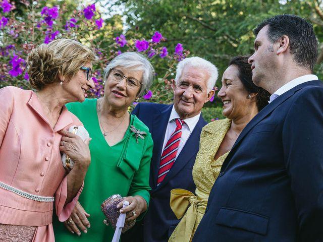 La boda de Pedro y Marta en Oleiros, A Coruña 64