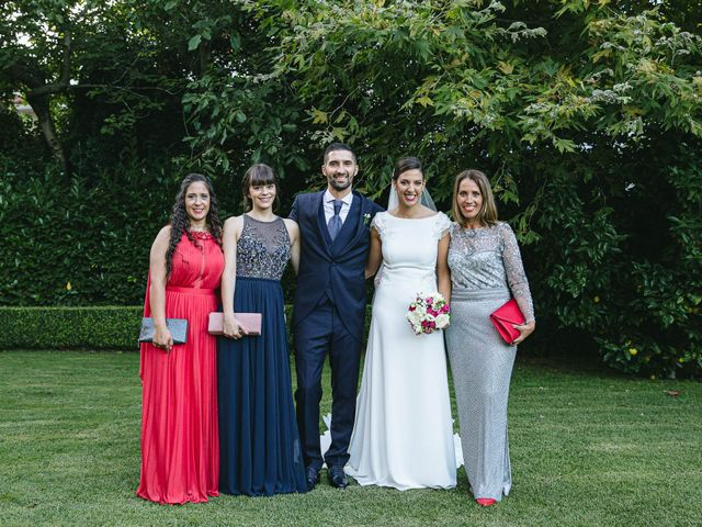 La boda de Pedro y Marta en Oleiros, A Coruña 73