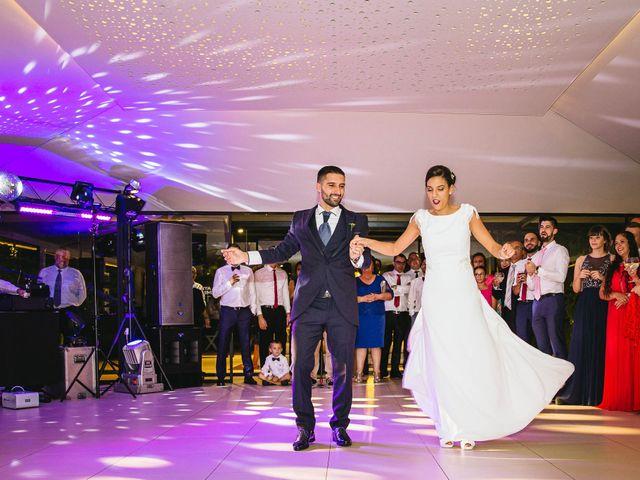 La boda de Pedro y Marta en Oleiros, A Coruña 102