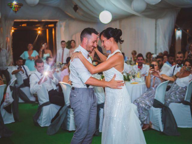La boda de Alberto y Gloria en Castelló/castellón De La Plana, Castellón 32