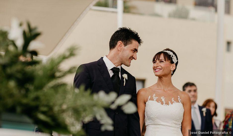 La boda de Salva y Rosario en Vera, Almería