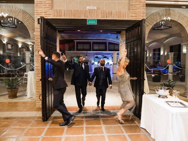 La boda de Víctor y Iván en Trujillo, Cáceres 31