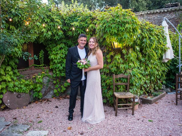 La boda de Georgina y Pep en Vilanova Del Valles, Barcelona 32