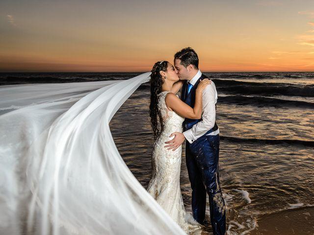 La boda de Juan José y Inma en Algeciras, Cádiz 32