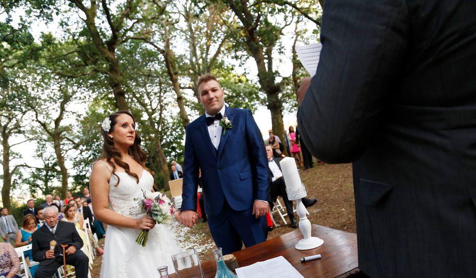 La boda de Mario y Iria en Ferrol, A Coruña