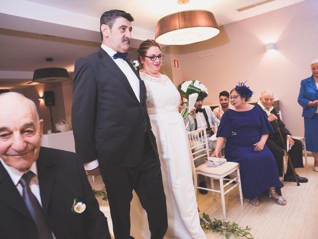 La boda de Miguel y Laura en Astorga, León 14
