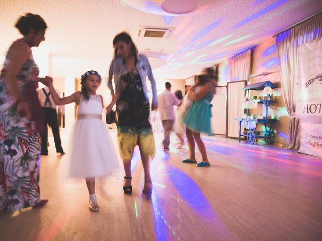 La boda de Miguel y Laura en Astorga, León 32