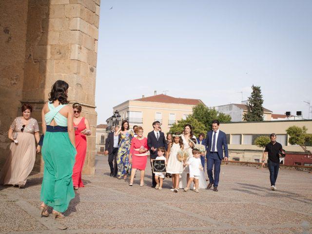 La boda de Jaime y Nina en Montijo, Badajoz 26