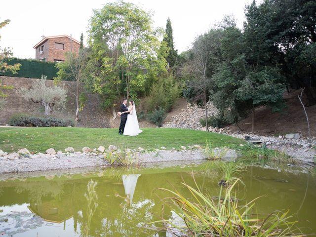 La boda de Jordi y Encarni en Sant Fost De Campsentelles, Barcelona 23