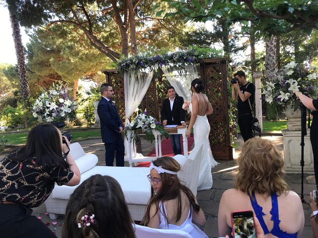 La boda de Jose Antonio  y Jenifer en Barcelona, Barcelona 31